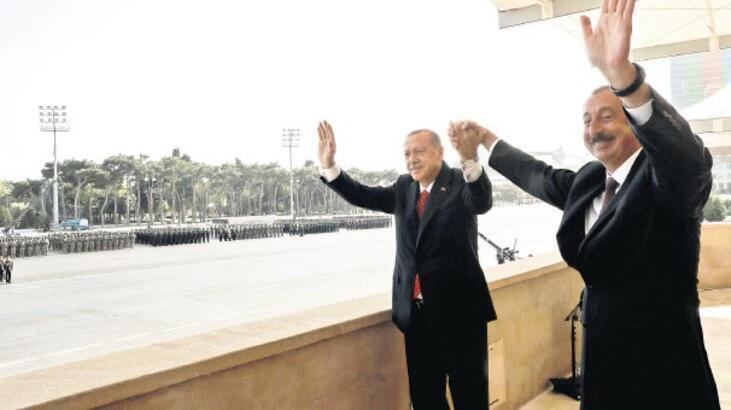 'Karabağ'da adımı işgalciler atmalı'