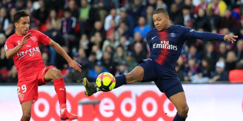 PSG 3 puanı 3 golle aldı! Kylian Mbappe...