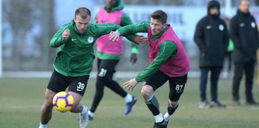 Konyaspor'da Ömer Ali Şahiner idmanda yok!