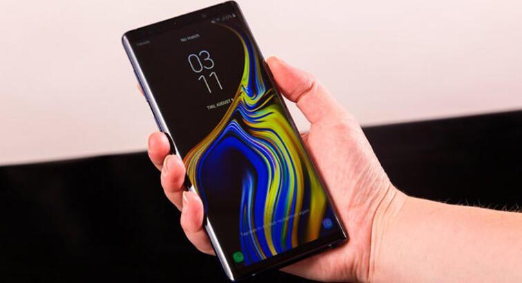 Samsung Türkiye iPhone ile tweet atınca sosyal medya karıştı
