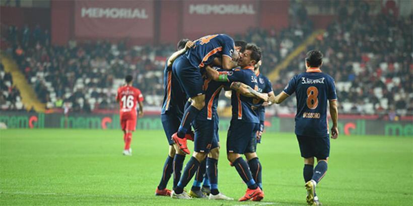 Başakşehir'in konuğu Bursaspor