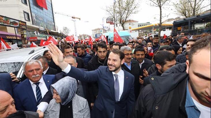 Bakan Albayrak, Sancaktepe'de vatandaşlarla bir araya geldi