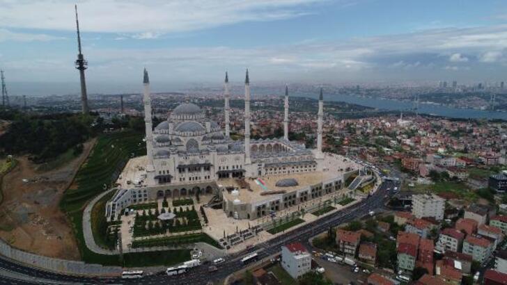 Büyük Çamlıca Camisi'nin resmi açılışı bugün yapılacak!