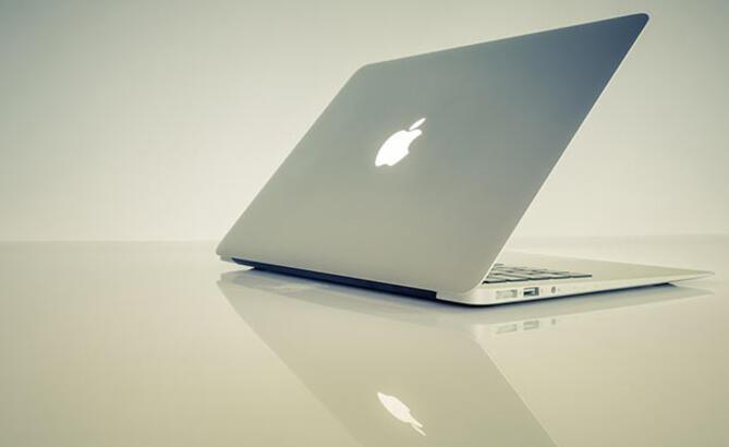 Apple Mac satışlarındaki düşüşü Intel'e bağladı