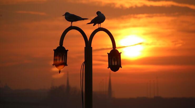 İzmir'de sahur saat kaçta? 12 Mayıs İzmir imsak saati