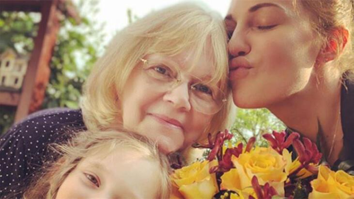 Üç kuşak bir arada! Meryem Uzerli, annesi ve kızı