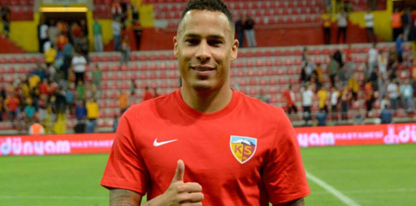 Kayserispor'un vazgeçilmezi Chery, gol yükünü de sırtladı