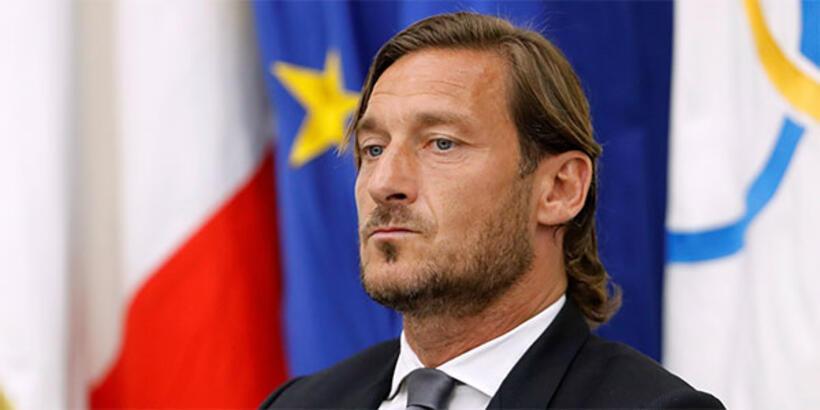 Totti: Beni anlamadılar, ayrılmak yerine ölmek daha iyiydi