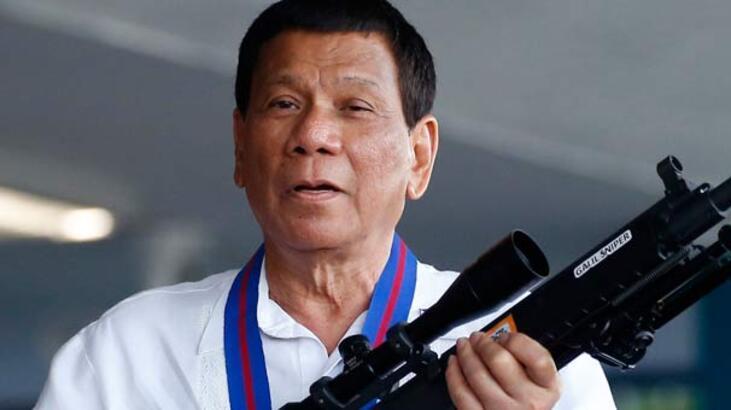 Ülke karıştı! Duterte açık açık tehdit etti