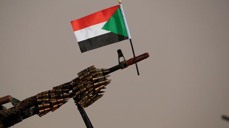 Sudan'da askerler ve muhalefet 'geçiş süreci anlaşmasında' uzlaştı