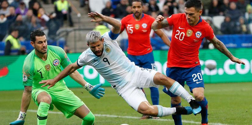 Şili, Arjantin'e geçit vermedi! 3 gol, 2 kırmızı kart...