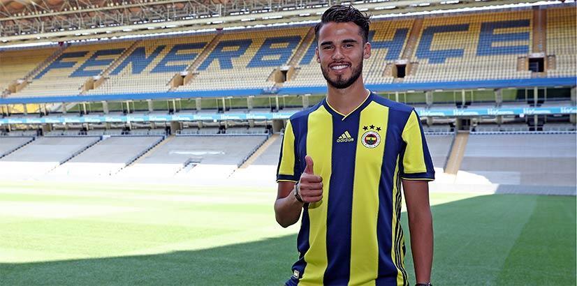 Fenerbahçe'den Diego Reyes'e 'İstanbul'a gelme' mesajı