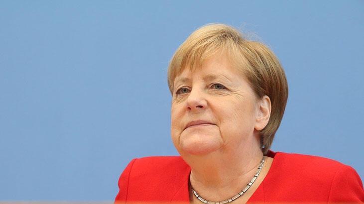 Trump'ın skandal açıklamalarına Merkel'den ilk yorum!