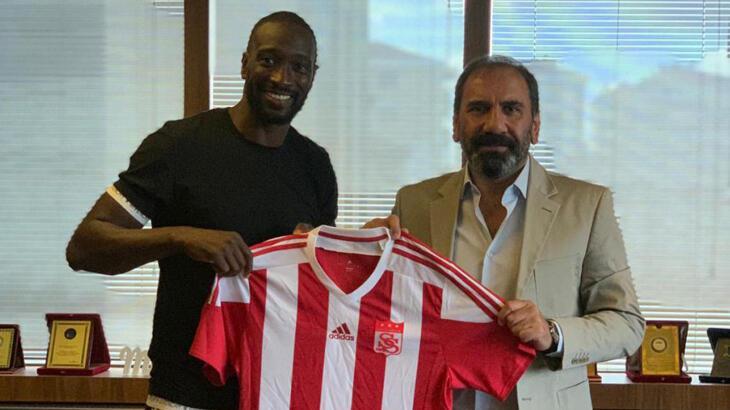 Mustapha Yatabare resmen Sivasspor'da!