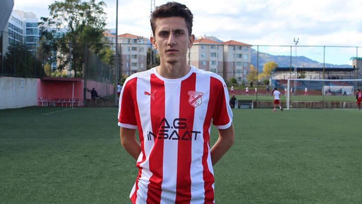 Trabzon'da amatör futbolcu evinde ölü bulundu