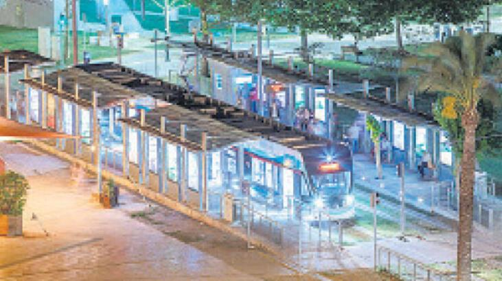 Metro ve tramvayda sefer sayısı artırıldı