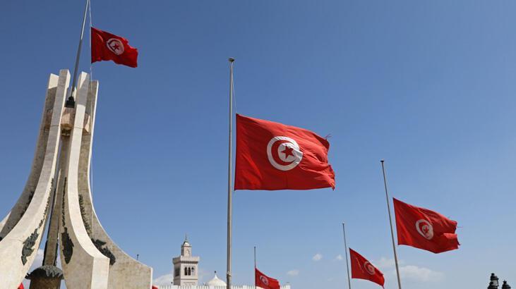 Tunus hızla cumhurbaşkanlığı seçim sürecine giriyor