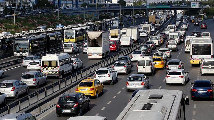 Trafiğe yılın ilk yarısında 313 bin 213 aracın kaydı yapıldı