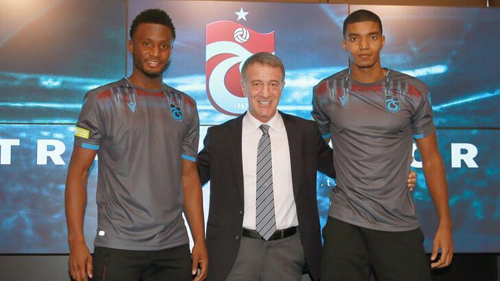 Trabzonspor'da Obi Mikel ve Fernandes için imza töreni