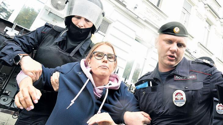 Rusya'da muhalefete sert müdahale