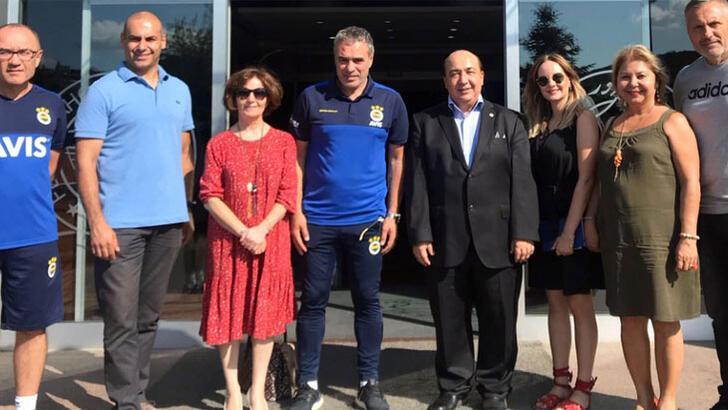 Fenerbahçe Üniversitesinden Ersun Yanal'a ziyaret