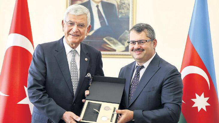 Azerbaycan'dan Bozkır'a madalya