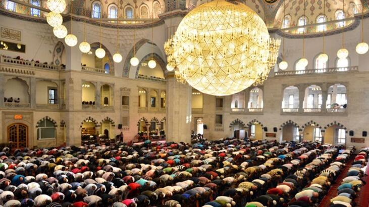 Bayram namazı saat kaçta? İstanbul, Ankara, İzmir bayram namazı saatleri