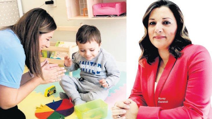 'Oyun, çocuğun dili oyuncaklar kelimeleri'
