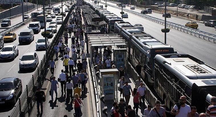 Bayramda otobüs, metro, marmaray, metrobüs ücretsiz mi?