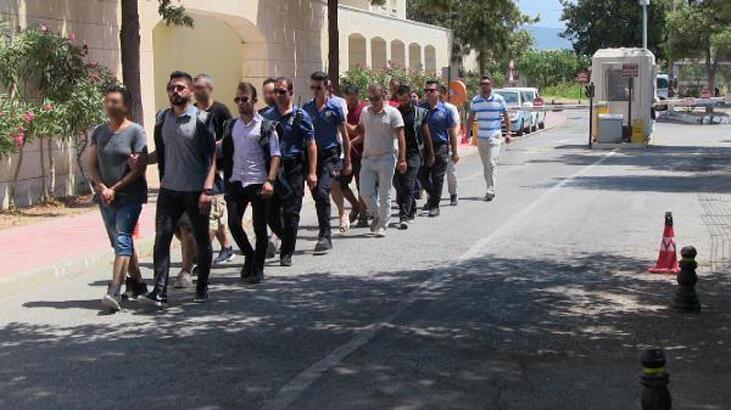 Son dakika: 9 FETÖ üyesi yurt dışına kaçmaya çalışırken yakalandı
