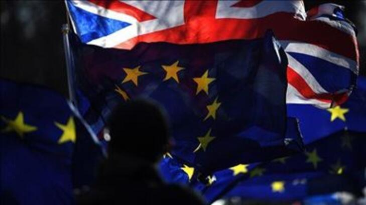 """""""Anlaşmasız Brexit"""" senaryosu basına sızdı! Petrol, gıda ve ilaç krizi..."""