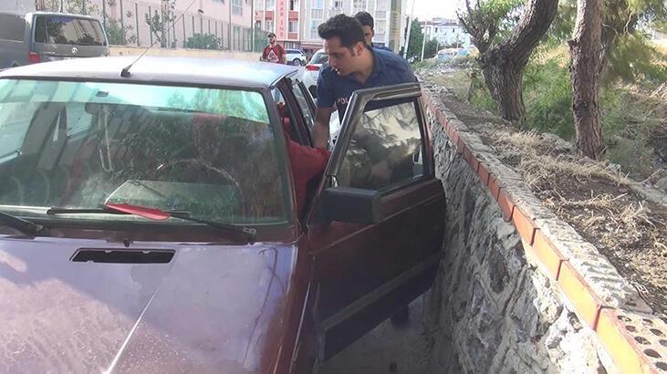 Aracında uyuşturucuyla yakalandı