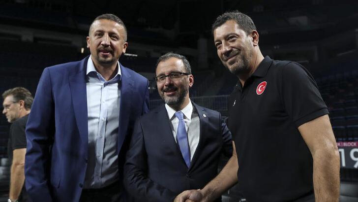 Bakan Mehmet Kasapoğlu: Gönlümüz Milli Takım ile