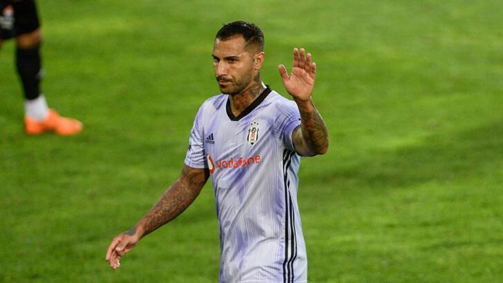 Ricardo Quaresma Beşiktaş'ta kalacağını açıkladı!