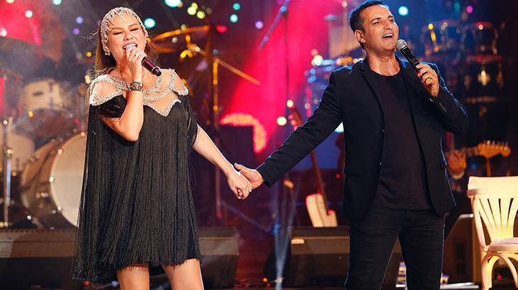 Harbiye'de muhteşem düet! İlk kez aynı sahneyi paylaştılar