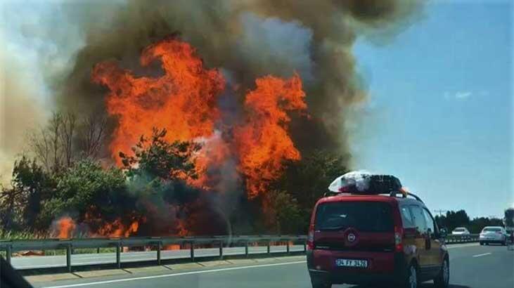 Son dakika   Tekirdağ-İstanbul yolunda korkutan yangın!