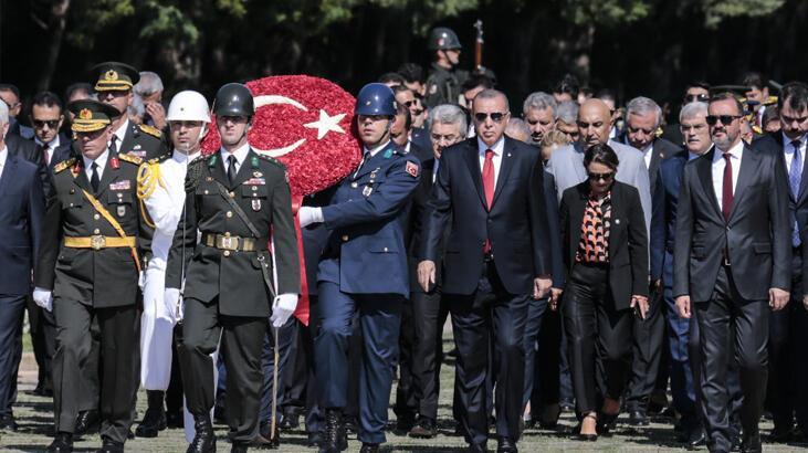 Cumhurbaşkanı Erdoğan'dan 30 Ağustos mesajı: Kararlıyız!