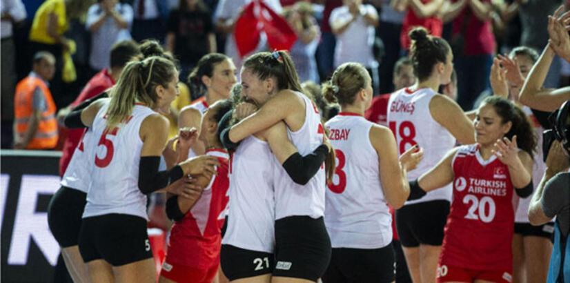 Türkiye-Polonya yarı final voleybol maçı ne zaman saat kaçta hangi kanalda?