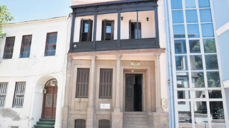 Edremit'e Yılmaz Akpınar Kültür Evi