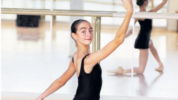 Genç balerine Monaco'dan burs