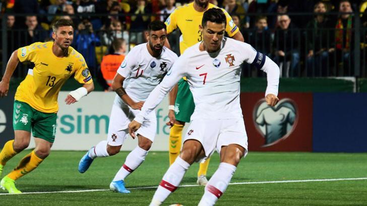 Cristiano Ronaldo, Litvanya'yı parçaladı!