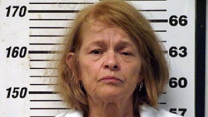 56 yaşındaki kadın, kocasının cinsel organını kesti!