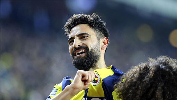 Fenerbahçe, A Takım listesini TFF'ye bildirdi! Mehmet Ekici yok...