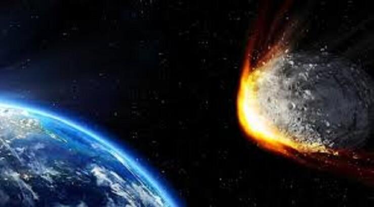Dünya'ya çarpabilecek yaklaşık 900 astroid var!