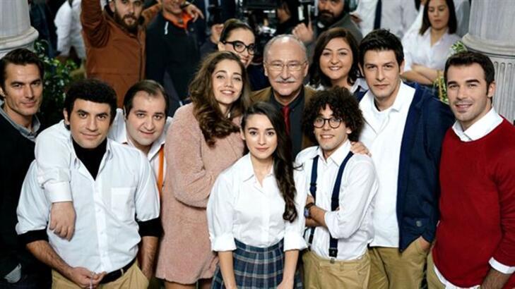 Hababam Sınıfı Yeniden filminde kimler oynuyor? Film ne zaman vizyona girdi?