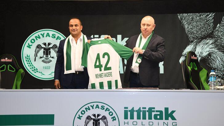 Konyaspor'da 5 yıllık imza! İşte anlaşmanın ilginç detayı...