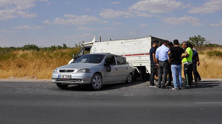 'Antep fıstığı' hırsızları kaza yapınca yakalandı