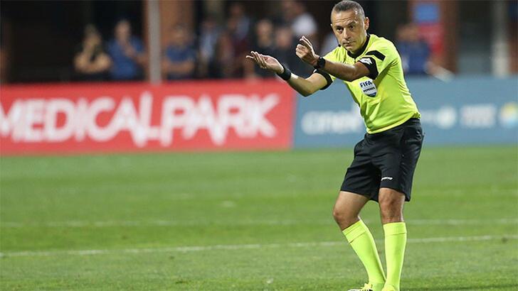 Chelsea-Valencia maçı Cüneyt Çakır'ın