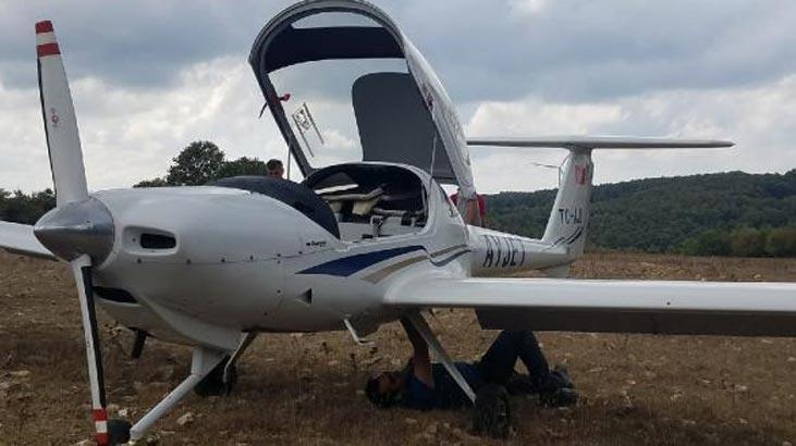 Motor arızası yapan eğitim uçağı Büyükçekmce'ye indi!