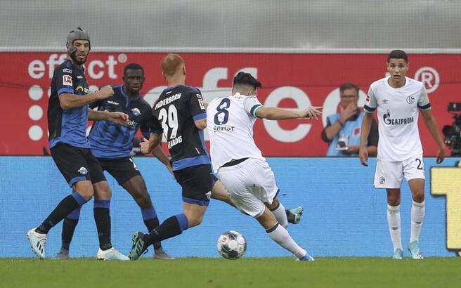 Schalke 04 deplasmanda Paderborn'u 5 golle yendi! Ozan Kabak...